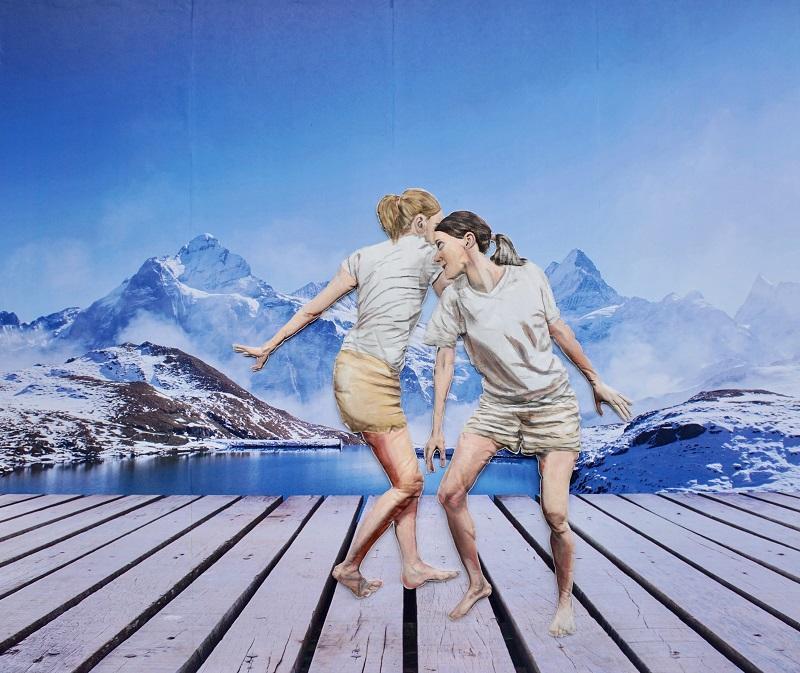 Laura Nitsche, Nähe Dis-Tanz Berg, Malerei auf Stoff auf Fotopapier, 2020, 170 x 200 cm